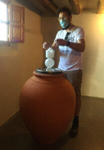 Elaboración del vino en tinajas