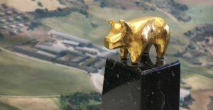 estatua-premio-porc-d-or-1